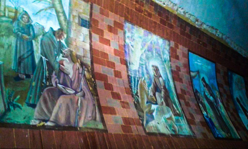 Affreschi che raffigurano San Francesco e Santa Chiara